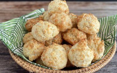 Brazilian Cheese Puffs (Pao de Queijo)